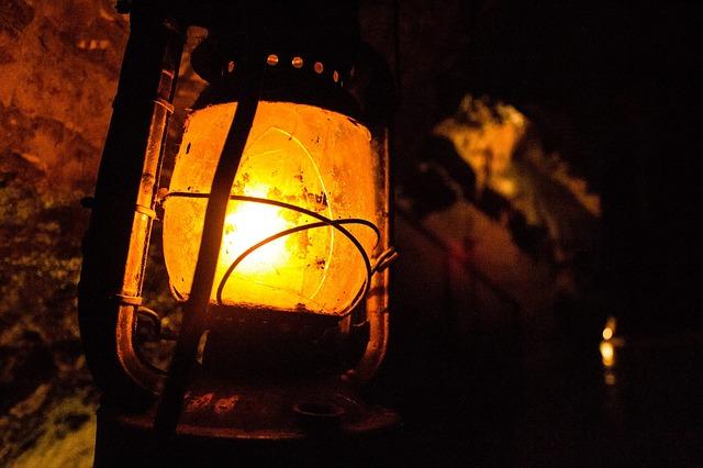 K.T. Burnett - Lantern (2014)